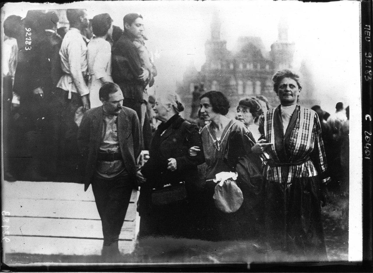 подтверждающий советская россия на фото из английского архива кадре она засветила